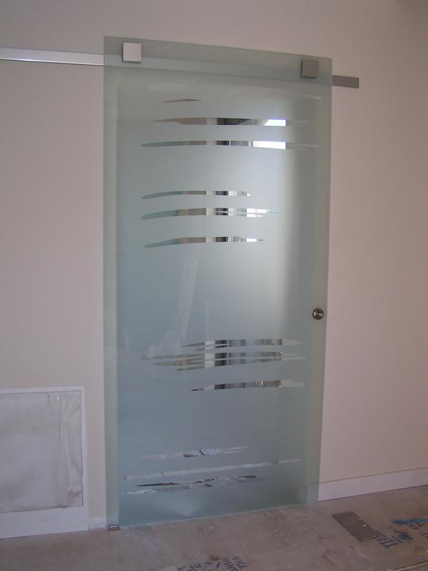 Συρόμενη γυάλινη πόρτα με σχέδιο αμμοβολής 7